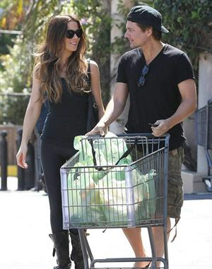 Kate Beckinsale In tights, shopping at a market in Pacific Palisades - September 15, 2013