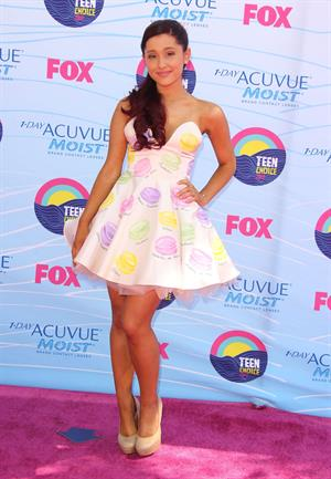 Ariana Grande - 2012 Teen Choice Awards in Universal City (July 22, 2012)