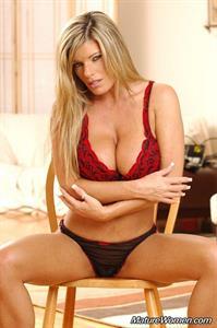 Krystal Summers in lingerie