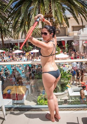 Adrianne Curry - Celebrates her 30th Birthday at Encore Beach Club in Las Vegas - August 4 2012
