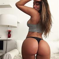 Miss Genii in lingerie - ass