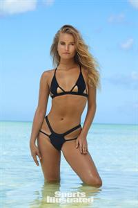 Sailor Brinkley Cook for Sports Illustrated Swimsuit Edition 2017