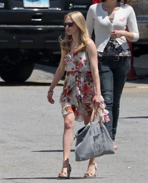 Amanda Seyfried on the set of The Wedding in Stamford on July 28, 2011