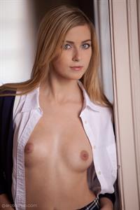 Abigaile Johnson - breasts