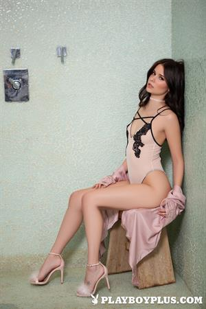 Playboy Cybergirl Salena Storm in the shower