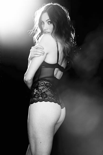 Alina Puscau in lingerie - ass