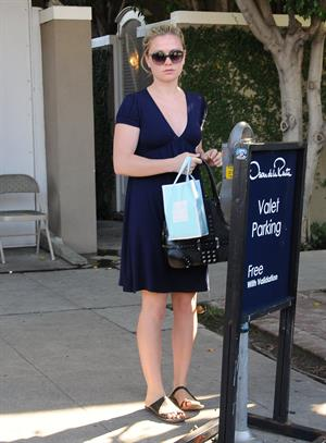 Anna Paquin leaves a skin clinic in West Hollywood on September 25, 2010