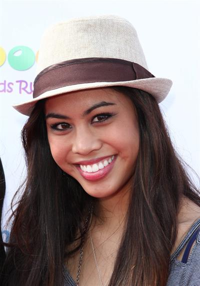 Ashley Argota 'Family Day' at Santa Monica Pier 10/6/12