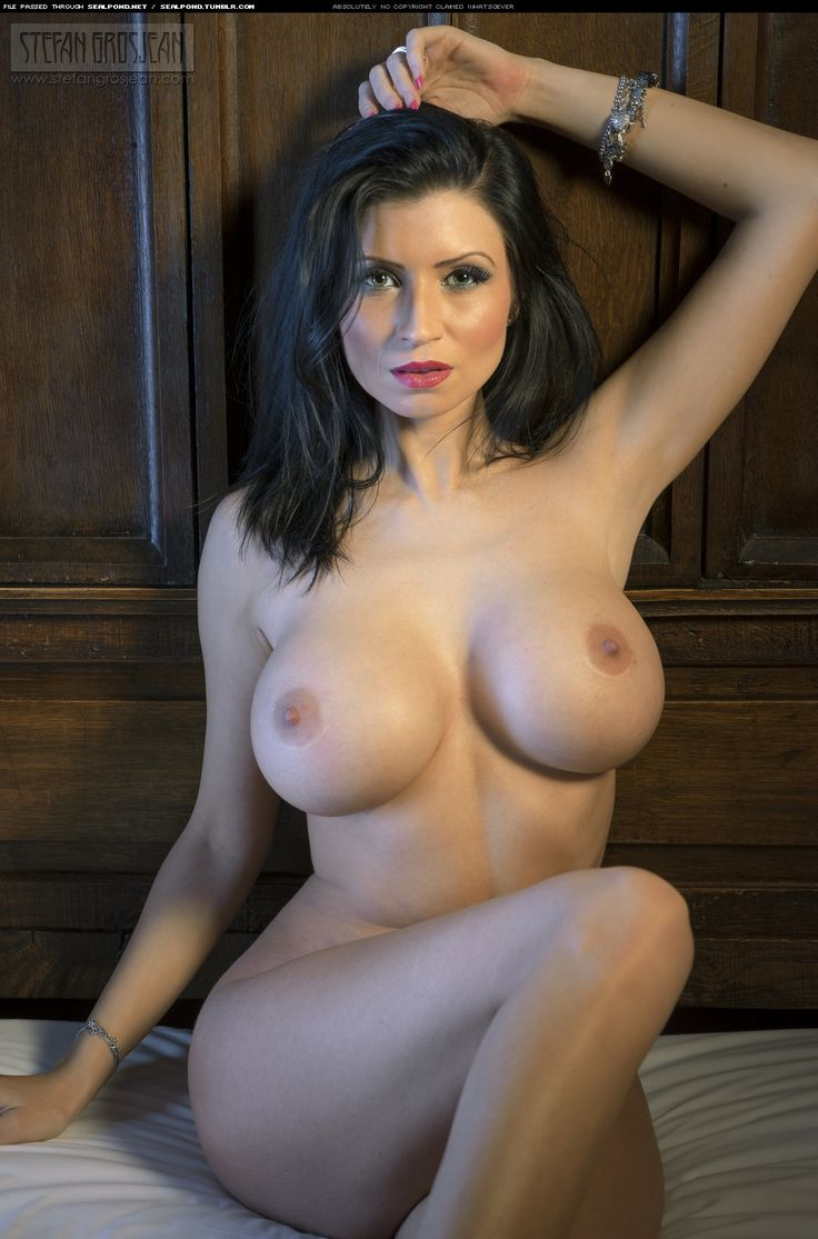 Naked lilly roma Lilly Roma