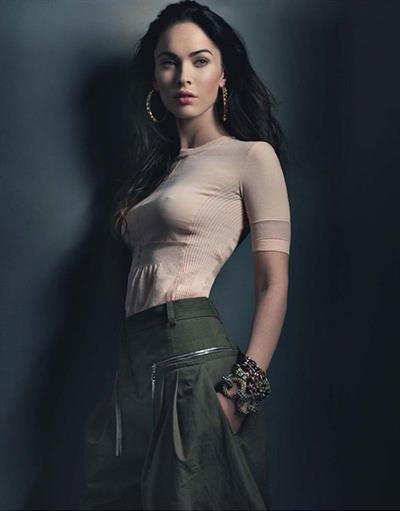 Megan Fox - breasts