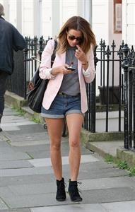 Caroline Flack Primrose Hill in London on March 30, 2012