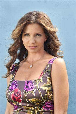 Charisma Carpenter The Lying Game Season 2 Promos