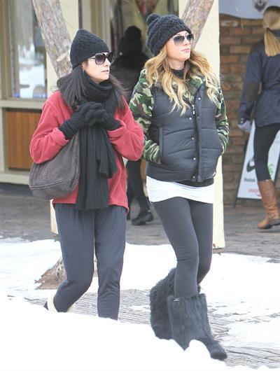 Daisy Fuentes Christmas shopping in Aspen 12/24/12