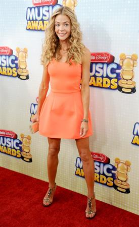 Denise Richards 2013 Radio Disney Music Awards (April 27, 2013)