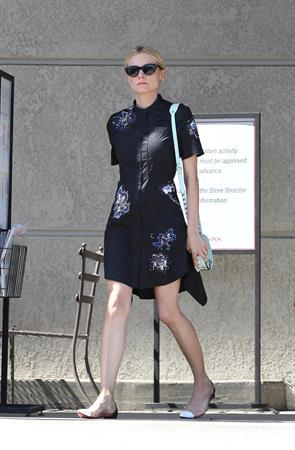 Diane Kruger Leaves Gelson's in Los Feliz on May 19, 2013
