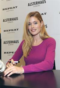 Doutzen Kroes launches ''Repeat by Doutzen'' Fashion Collection in Hamburg October 6, 2012