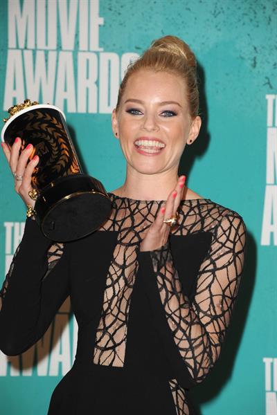 Elizabeth Banks - MTV Movie Awards at Universal Studios, Arrivals - June 3, 2012