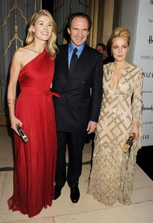 Gillian Anderson  Harper's Bazaar Women of the Year Awards in London - October 31, 2012