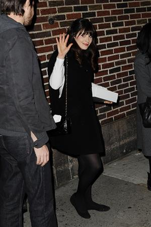 Zooey Deschanel Stops by Late Show with David Letterman in New York (November 15, 2012)