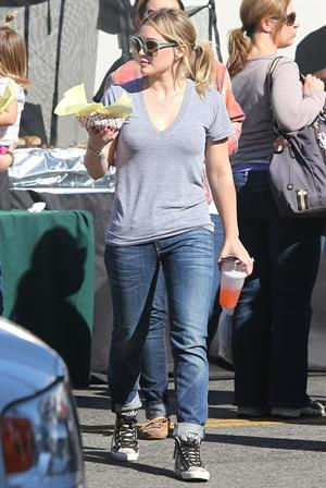Hilary Duff – Farmers Market in Studio City 11/10/13