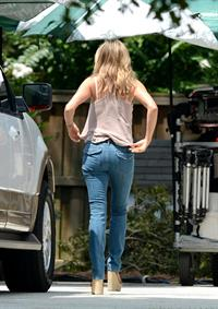 Jennifer Aniston - On the Set of We're the Millers - Wilmington - August 17, 2012
