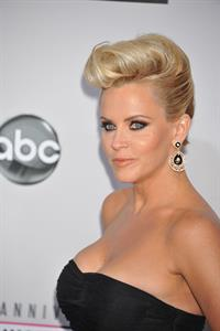 Jenny McCarthy American Music Awards (November 18, 2012)