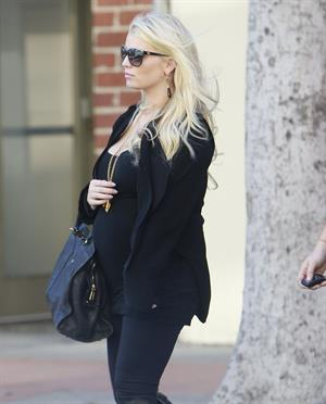 Jessica Simpson - Spotted in Los Angeles on February 21, 2013