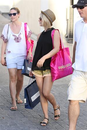 Julianne Hough shopping in St Barts 1/3/13