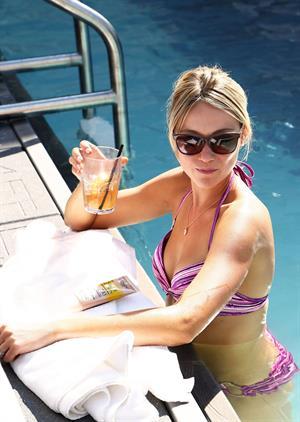 Katrina Bowden - Beautiful in a bikini for an NYC L'Oreal shoot. August 2012