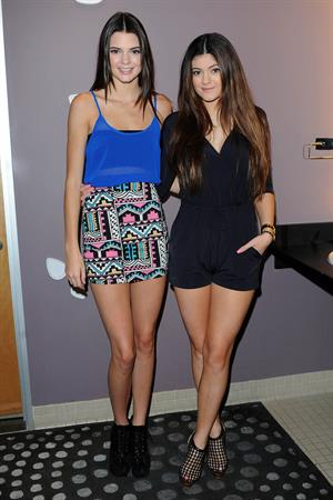 Kendall Jenner U ULTA Beauty Stores Donate With A Kiss event in LA 10/12/12