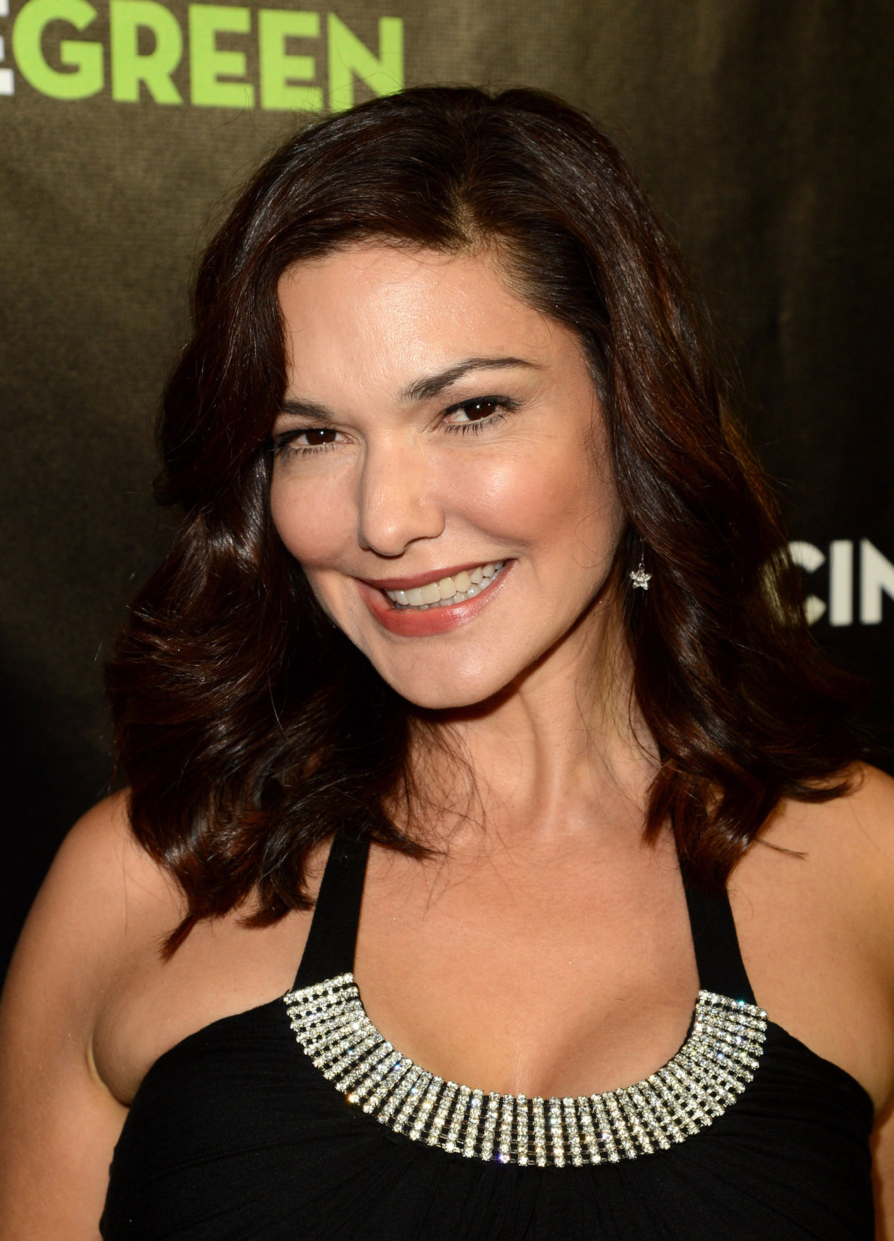 Laura harring actress, cumming on white girls pussy