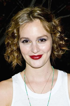 Leighton Meester Visits Billie Lee Live (November 13, 2012)