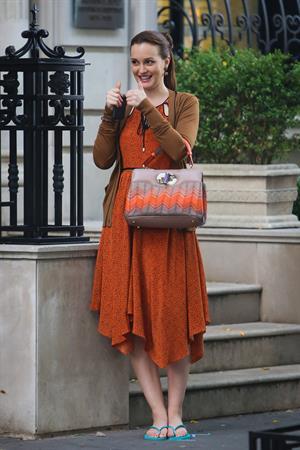 Leighton Meester - On the set of Gossip Girl in New York - August 17, 2012