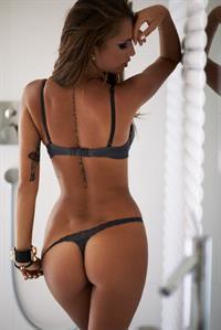 Paulina Mikolajczak in lingerie - ass