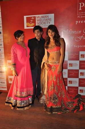 Priyanka Chopra Mijwan Welfare Society Fashion Show at the Grand Hyatt in Mumbai on September 3, 2012