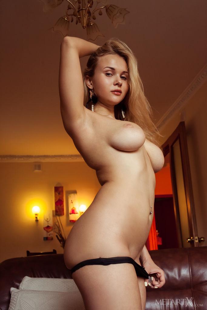 Nackt  Caroline Abel Metart Babes