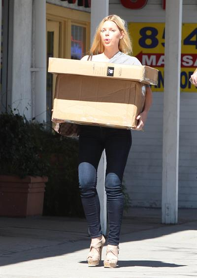 Sophie Monk - UPS Store in West Hollywood - August 28, 2012