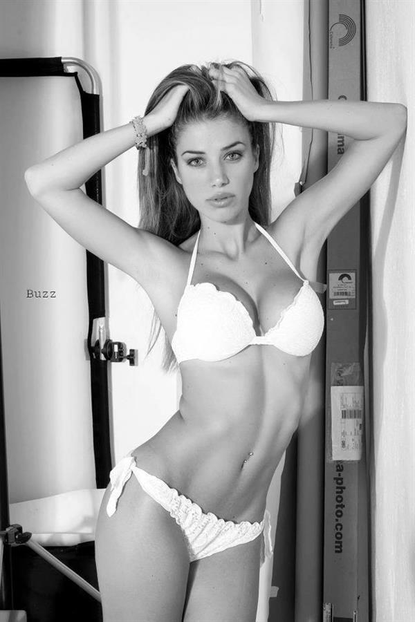 Eleonora Boi in lingerie