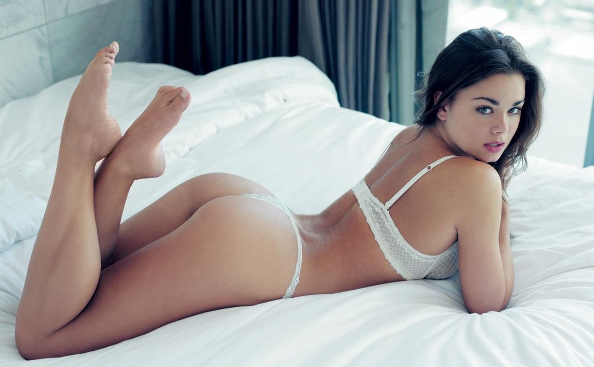Dessie Mitcheson in lingerie - ass