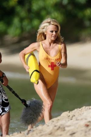 Pamela Anderson - Filming for an Brazilian TV Show in Hawaii 17.08.12