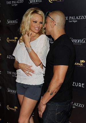 Pamela Anderson - Arrives at Simon G. Jewelry's Summer Soiree and the kickoff of Carnevale Night - June 2, 2012
