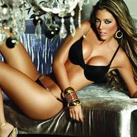 Sandra Valencia in lingerie