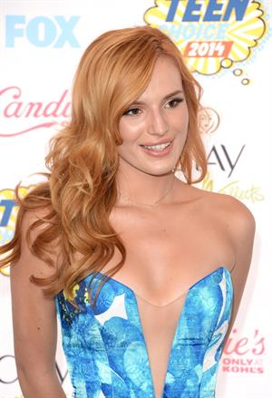 Bella Thorne attending the 2014 Teen Choice Awards in Los Angeles on August 10, 2014