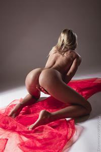 Teen Vanesa A erotic posing
