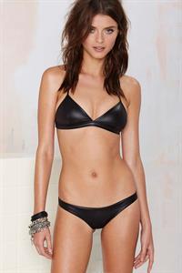 Lais Oliveira in lingerie