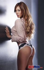 Paula Manzanal in lingerie - ass