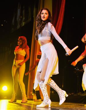 Selena Gomez – Stars Dance Tour in Brooklyn 10/16/13