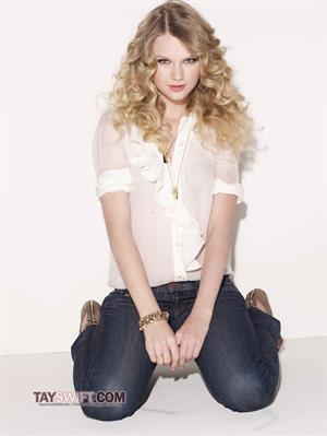 Taylor Swift - Glamour 2009/2010 by Matthias Vriens