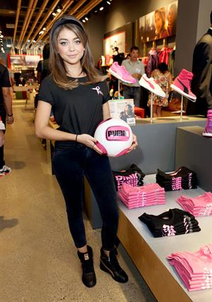 Sarah Hyland – PUMA Project Pink Charity 10/12/13