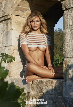 Samantha Hoopes Sports Illustrated 2015